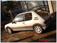 XU9JAZ (1.9 Motronic Cat, 120 bhp). First registered in 1991, but it's a 1989 model. It initially drove like a dream but all of a sudden developed some electric problems, which made it stall upon warm up.