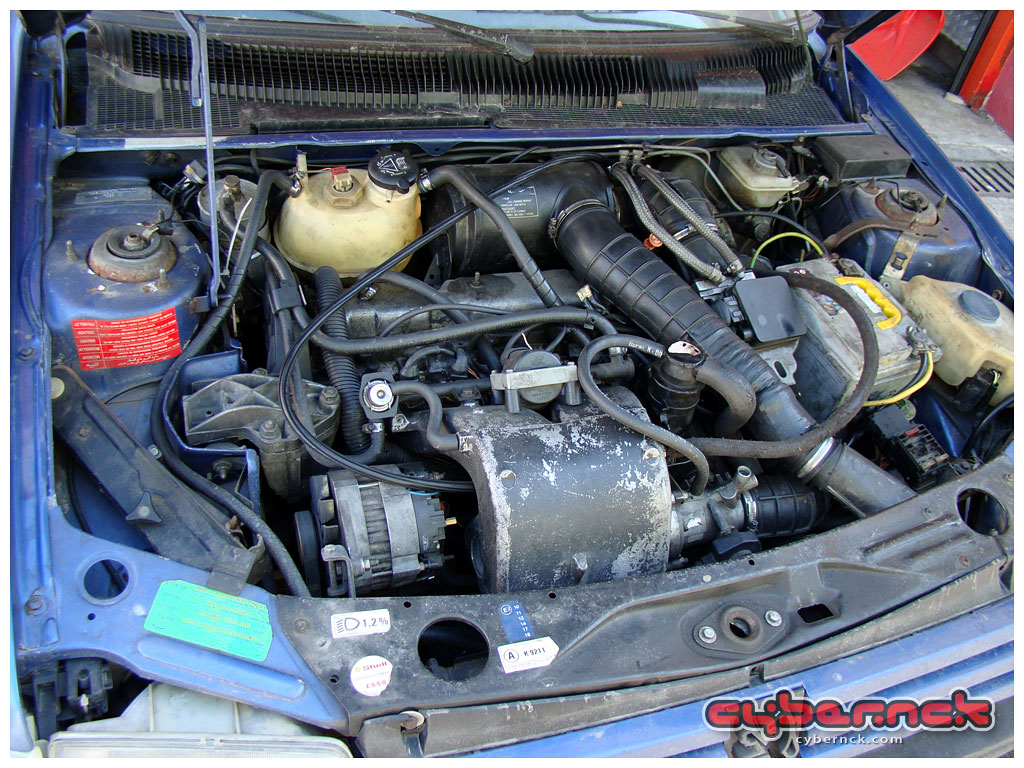 Sadly, the original late DKZ 122 bhp CAT engine had been replaced by a DFZ 102 bhp unit in the past. Also, the head was clapping and it was overfueling due to still using the original (now incorrect) engine management. Not that it had mattered much to me as I was not interested in its engine anyway.