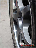Graphite grey centers with a smooth polished rim - a very nice and modern combination.