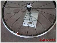 RS10 rear wheel - 1097 g.